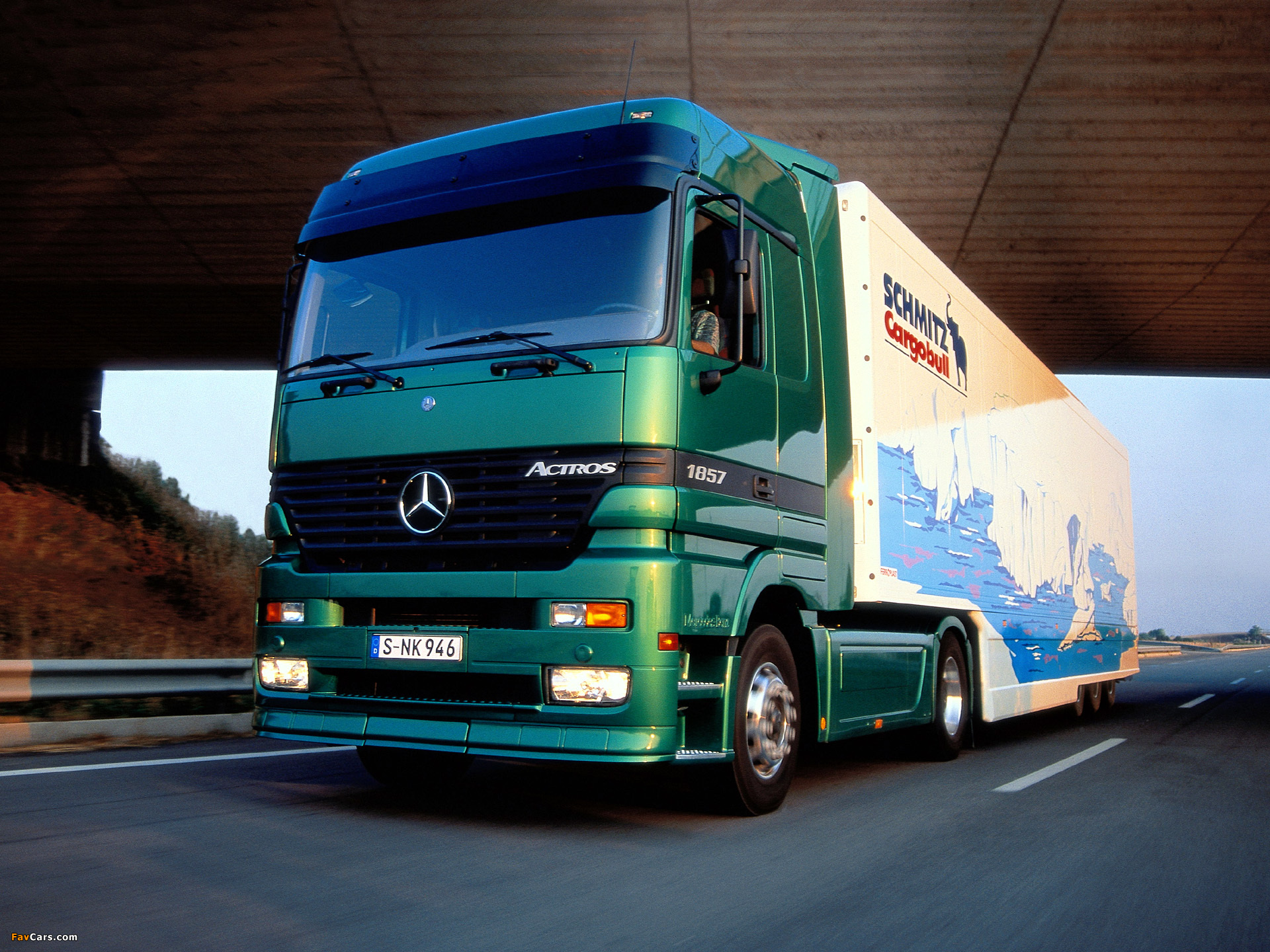 Mercedes_westerhof-trucks